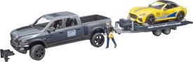 Bruder 02504 RAM 2500 Power Wagon und BRUDER Roadster Racing Team